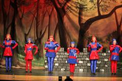 Duloc-Dancers